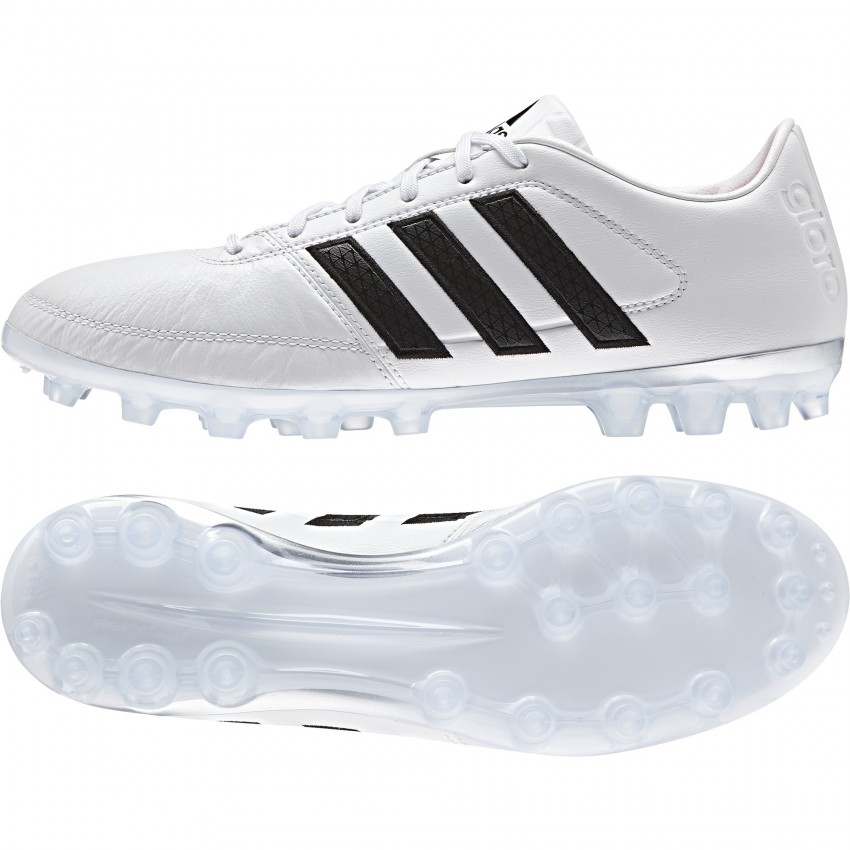 adidas blancas en bota